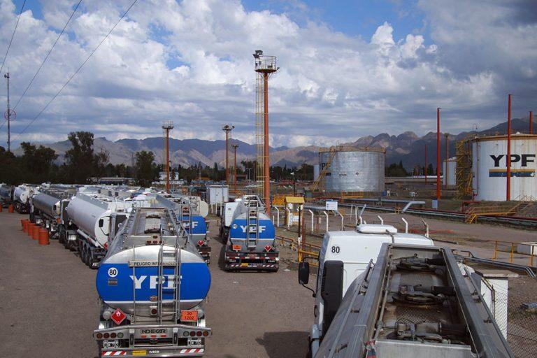 YPF aumentó el combustible por segunda vez en una semana