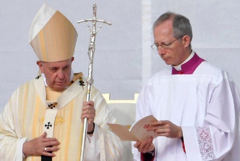 El Papa Francisco alertó por «colonizaciones ideológicas»