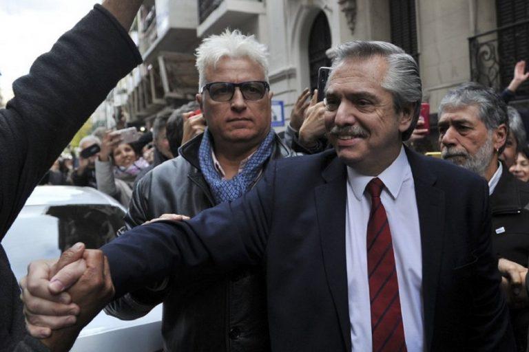 Fernández: «Ven una plaza llena, llegan a su casa y la heladera está vacía»