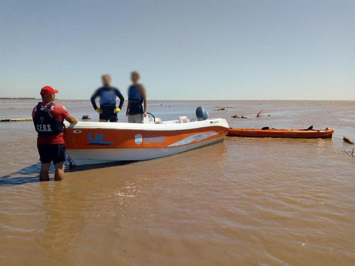 Rescataron kayakistas del río Xanaes en jurisdicción de Miramar