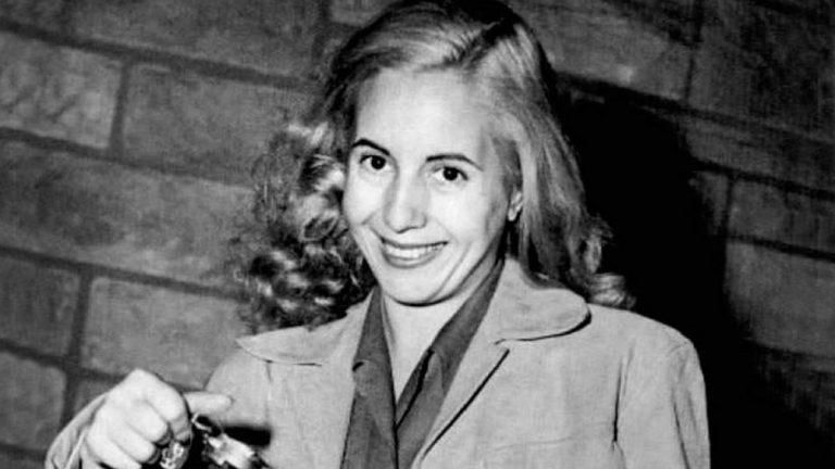 Estalló Twitter con el recuerdo de Evita y su legado, a 102 años de su nacimiento