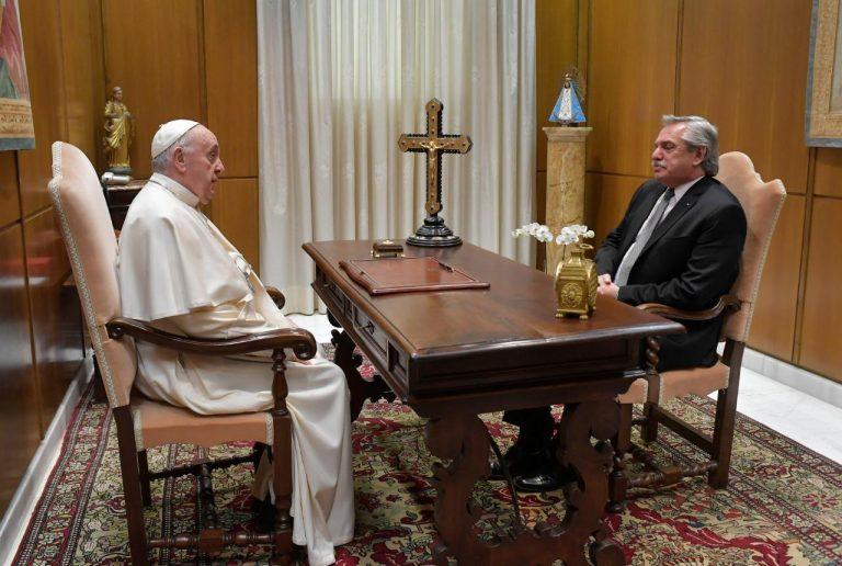 Fernández sobre el Papa: «Me expresó su idea de apoyarnos en todo lo que pueda»